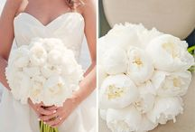 Wedding Decor & Flowers / by Desiree Stang