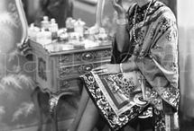 """Postkartenedition """"Die Goldenen Zwanziger"""" / Für den Postkartenverlag paruspaper hat ullstein bild Fotoschätze aus seinem Archiv gehoben und die schönsten Fotografien der Roaring Twenties für eine Postkartenedition zur Verfügung gestellt. 171 faszinierende Motive von zum Teil berühmten FotografInnen können als Postkarten in vielen Buchhandlungen, Papeterien und Geschenkeläden in ganz Deutschland erworben werden."""
