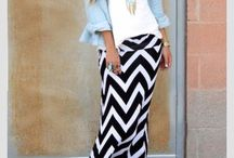 Striped black skirt outfits
