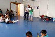 Escrita Criativa para Crianças / Oficinas de escrita criativa para crianças, e jovens, algumas delas com a participação de adultos, em locais diversos na zona da Grande Lisboa