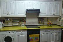 Lacado de Muebles de Cocina / Fotografias de lacado de muebles de cocina. Ver mas fotos en: https://pinturasurbano.wordpress.com/fotos/lacado-de-muebles-de-cocina-2/