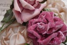 Flowers {fabric} / creating flowers with fabric