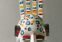 masks and carved wood from Africa masques et bois sculptés d'Afrique
