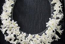 biżuteria z kwiatów