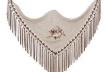 Pitusa Gasul / Diseñadora de mantoncillos de flamenca originales y exclusivos con materiales de primera calidad