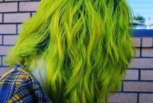 Желто-зелёные волосы