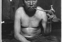 Inuit Pipe Smokers / Fumeurs de pipe inuits / Tigianniak, the shaman part of Abraham Ulrikab's group, was a pipe smoker. This board is dedicated to pipe smoking by Inuit. / Tigianniak, le shaman du groupe d'Abraham Ulrikab fumait la pipe. Ce tableau est dédié aux fumeurs de pipes inuits.