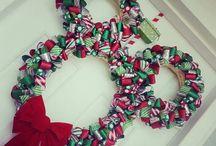 Wreaths / by Melissa Maza