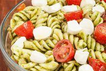 {Food} Healthy Recipes / by Jessie-Lyn Gaisson