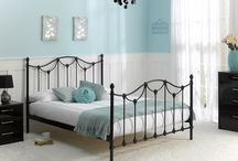 Black, White and Teal / For a cool and sophisticated bedroom