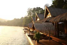 The FloatHouse River Kwai / Come to discover the thai folk design of our luxurious floating lodge, getting away from everyday life and be pampered on one of the world's most extraordinary floating hotels.