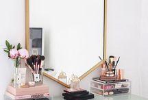 Makeup Vanity and Storage Ideas
