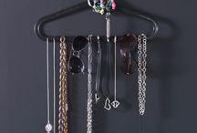 Opbergsystemen voor jouw sieraden en horloges / Leuke en handige tips & tricks om jou mooiste items te showen of op te bergen!
