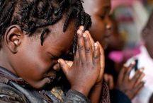 África Escrita Ubuntu. / Nos combates tenho sido vencedor mais ao vencer também posso me ferir!