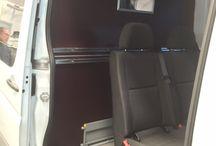 Equipamiento de seguridad para furgonetas | Separadores de carga / Descubre nuestros separadores para la parte trasera de tus furgonetas con excepcionales acabados y garantizando la seguridad de los ocupantes del vehículo.