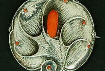 Art Nouveau Art Deco jewellry