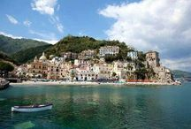 """Cetara / #Cetara is located by the Tyrrhenian Sea, on the Amalfi Drive road between the """"Marina"""" of Albori and Erchie, bordering with the municipalities of Vietri sul Mare and Maiori. Its municipalities is extended from the coast to the Mount Falerio and counts only one civil parish (frazione): the little village of Fuenti, situated on the hills close to the Amalfi Drive."""