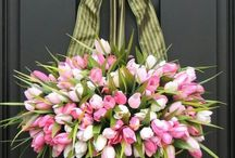 Spring Flowers and Arrangement Ideas / February and March ideas for simple arrangements and door ideas...