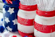 Holidays - Fourth of july / Summer Table Decoration Ideas, Decor Inspiration Summer Cookout Recipes for the Fourth of July