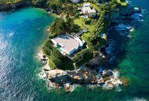 4 Stunning Greek Villas