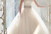 Esküvő-Ruha, cipő, kiegészítő