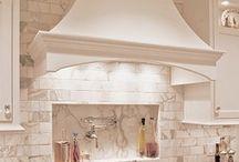 Kitchen decor / Kitchen ideas / by Christi Arning Prather