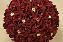 wedding boquets and wedding dresses