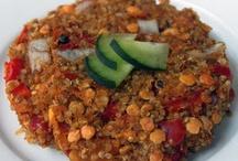 eat this, yum yum / by Lauren Sellers
