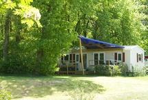 Accommodaties / Groot aanbod aan accommodaties op camping in Overijssel met een verrassende strandvakantie. Camping geschikt voor gezinnen met kinderen tot 17 jaar