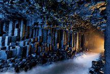 Beautiful Photos of Fingal's Cave Isle of Staffa / Fingal's Cave is a cave in one ofthe uninhabited island of staffa in the inner hebrides of Scotland. The Fingal's Cave was formed by a lava flow formed 60 million years ago.