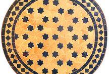 Mosaics / Tiles / Mosaicos / Mosaïques / Mosaics fets ma, peça a peça. Per a fer taules tant d'exterior com d'interior. En àrab: ZELIG