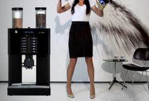 Professionele koffiemachines  / Professionele koffiemachines voor het ultieme koffiemoment en de volste koffiearoma. Voor barista-kwaliteit koffie op kantoor.