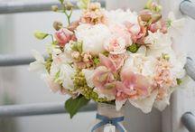 Flower Arrangements to Recreate