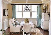 Dining rooms / by Polly Connelly