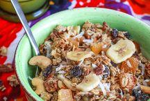 Müsli, granola an crunch