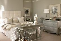 Bedroom decorating / by Lisa Harrison Noffsinger