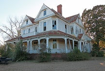 Old American Houses