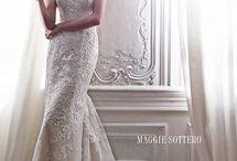 Wedding Dresses / by Kamber Schrann