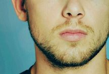 ✶ Max Thieriot ;