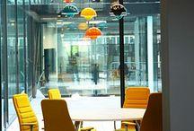 INTERIEUR ✽ Kantoorinrichting | Office Space / Ga je je kantoor verbouwen en ben je op zoek naar ideeën voor de inrichting en styling van je nieuwe kantoor? Doe hier inspiratie op en bekijk mijn favorieten. Geen idee hoe je dit kunt realiseren? Ik help je graag met interieuradvies en styling op maat via www.stijlidee.nl / by STIJLIDEE
