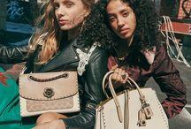 Handbags / Coach, Coach bags, Coach handbags, handbags, Coach purse, purses, fashion, sale, handbags, bags, purses, clutch bag, leather bag, round bag,