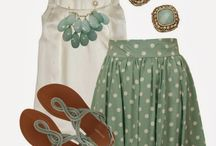 Fashion / Outfits, shoes, purses...anything I think is cute. / by Linda Brandt