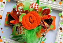 hair bows / by Cowboysandcupcakes Mirandabohannon