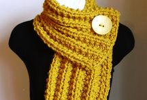 Crochet Wearables / Inspiration for crochet scarves, bags, hats and clothes