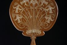 Зеркало деревянное ручное