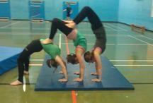 Acrogymnastics Ideas / Ideas of balances for our acrogymnastics unit