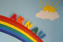 LETRAS DECORATIVAS. / ¡¡Novedad en Decolío Artesanía!! Letras para nombres, personalizados, con el color o colores que te gusten. Estas son de mi hijo, cuando nació le pinté este arco iris en su habitación y solo faltaba su nombre.