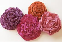 Crafts:  Flowers & Bows / by Joan Nicholes
