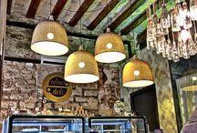 Alsur Deli / These are Alsur Deli - little take-away stores with coffee and cakes. #LQQCQ Whenever  Estos son Alsur Deli - nuestras tiendas de cafe y pasteles para llevar #LQQCQ Donde quieras