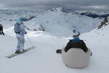 SOKAMP #Tumegonfles - À la neige ! / Après une année 2013 intense en travail (lancement du meuble gonflable pour étudiants SOKAMP #Tumegonfles), toute l'équipe s'est retrouvée aux Arcs (les Alpes) pour un week-end de neige, de glisse et de détente ! Nous en avons profité pour faire un shooting photos avec le mobilier gonflable #Photos. / by SOKAMP